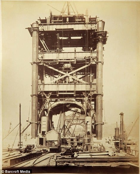 Tower Bridge Old Construction Photo 4